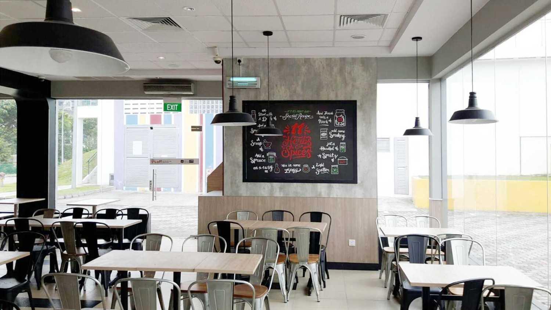 Minimmax Interiors Pte Ltd Kfc Punggol  East  60 Punggol E, Singapore 828824 60 Punggol E, Singapore 828824 Dining Area Modern 38690