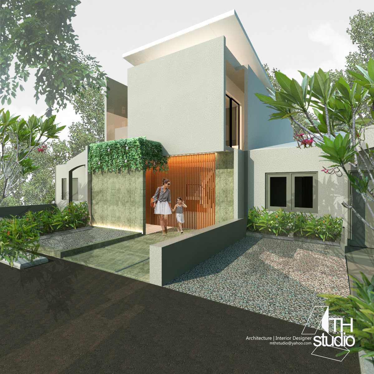Mth Studio Rumah Taman Century 2 Bekasi.  Bekasi, Kota Bks, Jawa Barat, Indonesia Bekasi, Kota Bks, Jawa Barat, Indonesia Rumah Taman Century 2 Bekasi - Exterior Tropis 45542