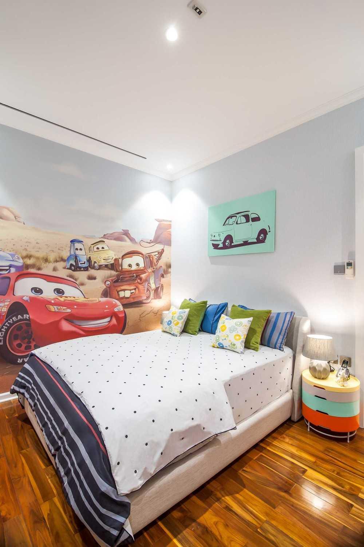 Foto inspirasi ide desain kamar tidur anak klasik Km-tidur-anak oleh PT DEKORASI HUNIAN INDONESIA di Arsitag