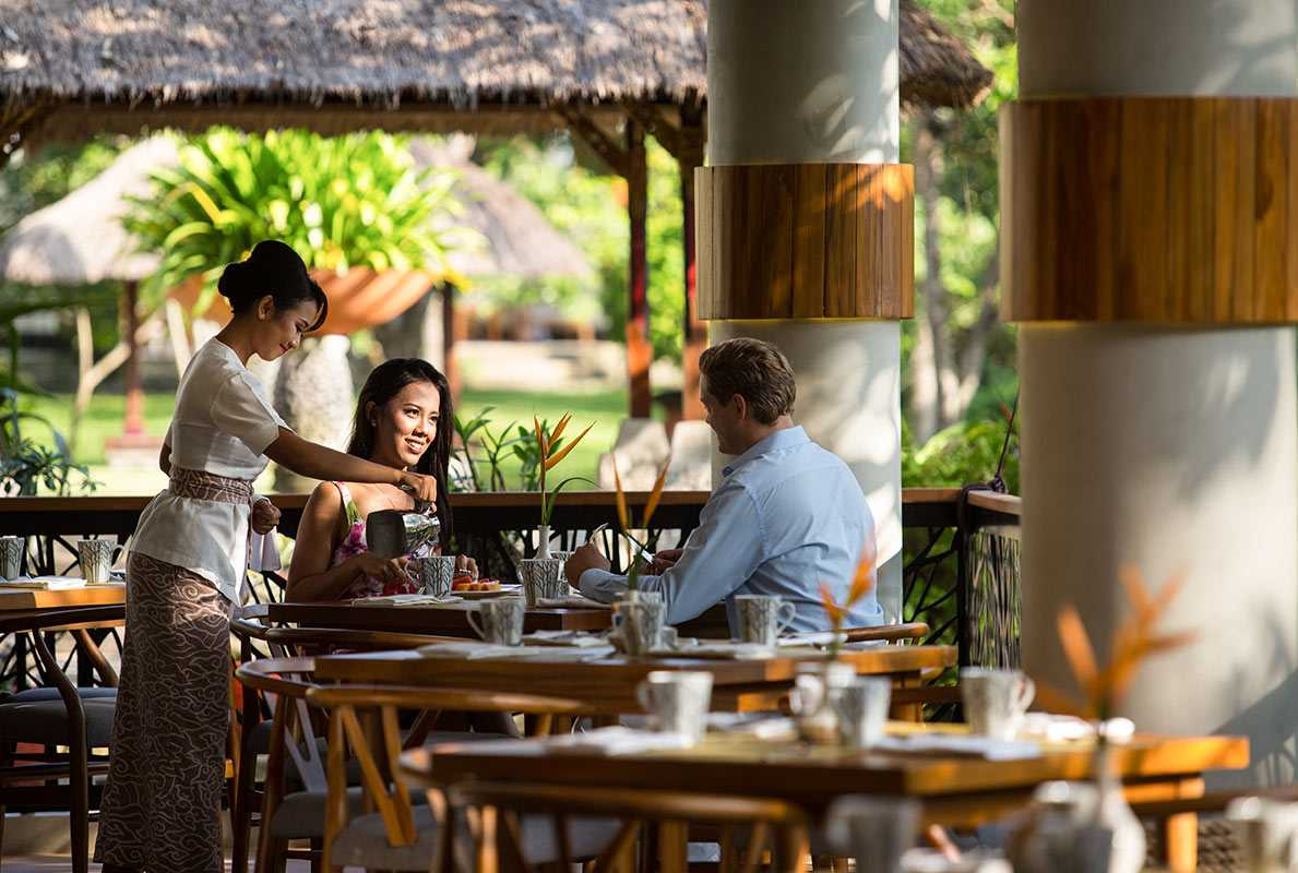 Sunrise And Partners Wedang Jahe Restaurant -Nusa Dua Beach Hotel & Spa Kawasan Btdc Pariwisata Nusa Dua Lot. North 4, Benoa, Kuta Selatan, Benoa, Kuta Sel., Kabupaten Badung, Bali 80363, Indonesia Kawasan Btdc Pariwisata Nusa Dua Lot. North 4, Benoa, Kuta Selatan, Benoa, Kuta Sel., Kabupaten Badung, Bali 80363, Indonesia Seating Area  Restaurant Contemporary 48730