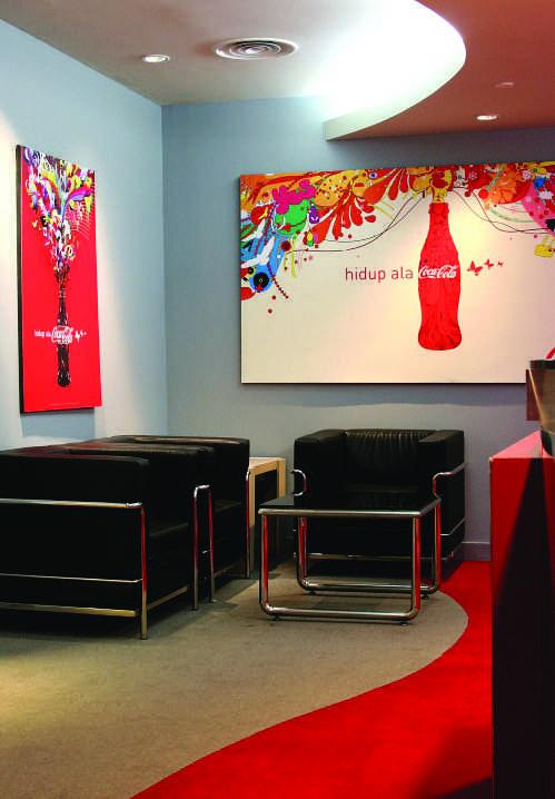 Kotak Design Coca Cola Breakout Area Daerah Khusus Ibukota Jakarta, Indonesia Daerah Khusus Ibukota Jakarta, Indonesia Coca Cola Breakout Area - Seating Area Modern 45670