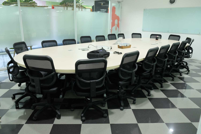 Kotak Design Kudo (Kios Untuk Dagang Online) Jakarta, Daerah Khusus Ibukota Jakarta, Indonesia  Meeting Room Modern 45931