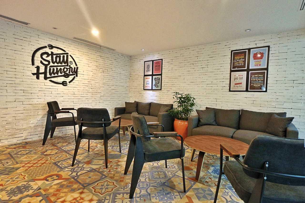 Kotak Design Pwc Interior Jakarta, Daerah Khusus Ibukota Jakarta, Indonesia  Seating Area Industrial 46205
