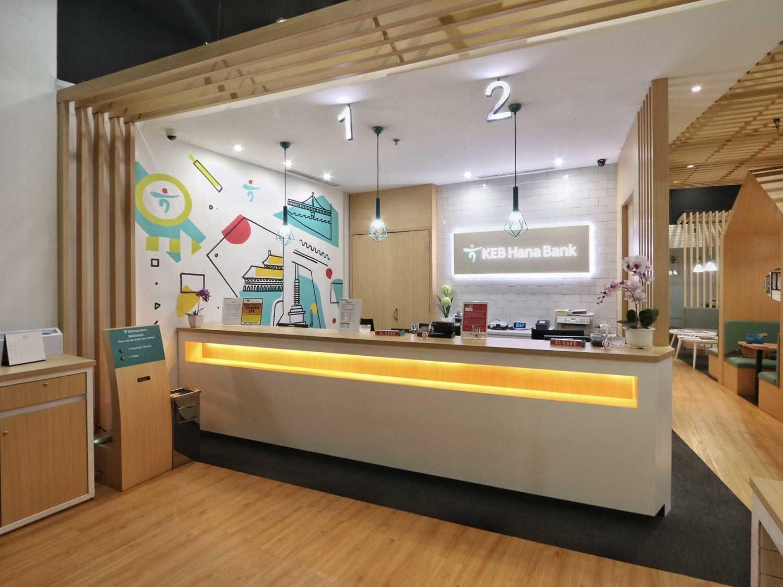 Kotak Design Hana Bank Interior  Jakarta, Daerah Khusus Ibukota Jakarta, Indonesia  Receptionist Area Modern 46211