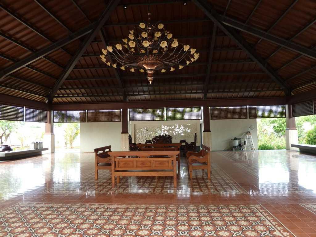 Sony Budiono & Partner Architect Firm di Banten