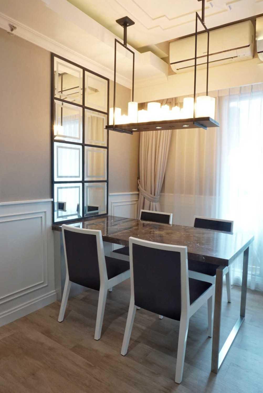 Ruang Putih Design & Build J Apartment Daerah Khusus Ibukota Jakarta, Indonesia Daerah Khusus Ibukota Jakarta, Indonesia Dining Room Contemporary 43070