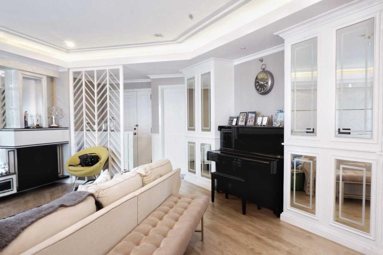 Ruang Putih Design & Build J Apartment Daerah Khusus Ibukota Jakarta, Indonesia Daerah Khusus Ibukota Jakarta, Indonesia Family Room  43073