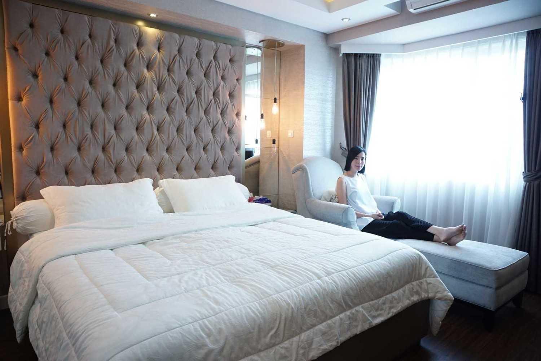 Ruang Putih Design & Build J Apartment Daerah Khusus Ibukota Jakarta, Indonesia Daerah Khusus Ibukota Jakarta, Indonesia Bedroom  43075