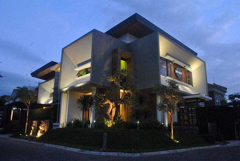 Jasa Design and Build Adiarsitek.com di Yogyakarta