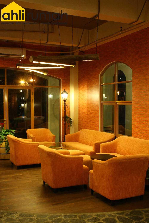 Ahlirumah.id Interior - G8 Shop Jakarta, Daerah Khusus Ibukota Jakarta, Indonesia  Seating Area Restaurant Contemporary 49174