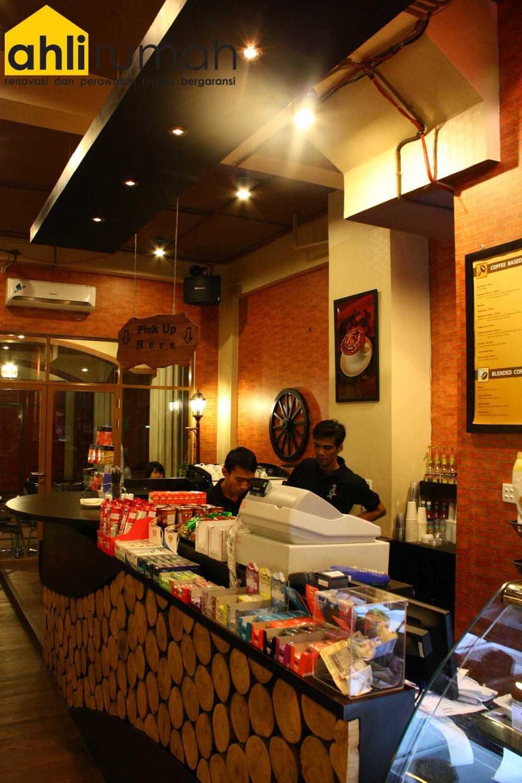 Ahlirumah.id Interior - G8 Shop Jakarta, Daerah Khusus Ibukota Jakarta, Indonesia  Cashier Area  49177