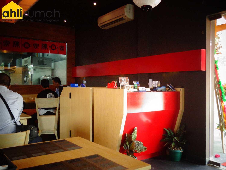 Ahlirumah.id Interior - Chin Maya Restauran Ruko Glaze 2 Blok D No. 17, Jl. Boulevard Raya Gading Serpong, Klp. Dua, Tangerang, Banten 15810, Indonesia  Cashier Area  49232