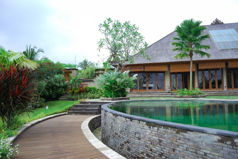 Made Dharmendra Architect Simmita Private Villa Pejeng Kangin, Tampaksiring, Kabupaten Gianyar, Bali, Indonesia Pejeng Kangin, Tampaksiring, Kabupaten Gianyar, Bali, Indonesia Walkway  49312