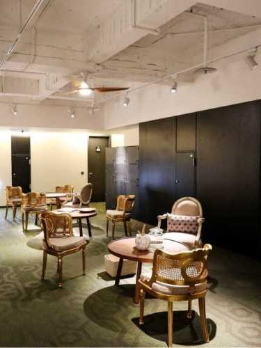 Garnier Armchair Antique Gold FurnitureSofa And ArmchairsArmchairs