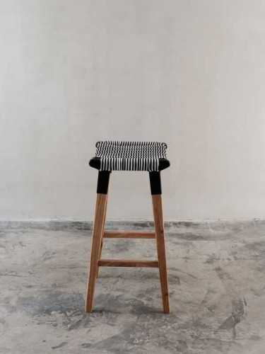 Foto produk  Cesco Bar Stool Natural Natural di Arsitag