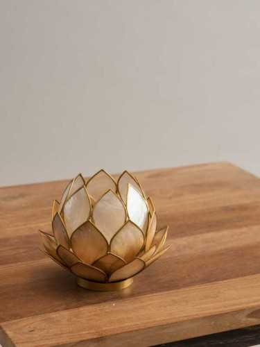 Lotus Candleholder Gold Gold White DécorHome DecorationsCandle Holders