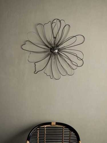Sumire Floral Wall Decor Chrome Chrome Bronze DécorHome DecorationsWall Decor Items