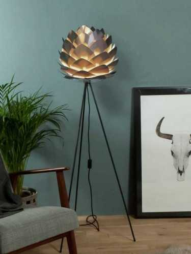 Foto produk  Silvia Copper Large Floor Lamp Copper And Black Tripod di Arsitag