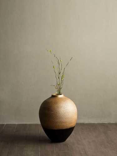 Mantova Vase Gold Gold Black DécorHome DecorationsVases