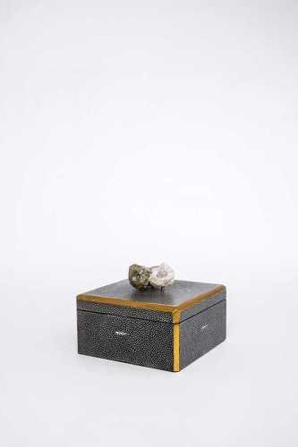 Wo-Box-15V1012021 DécorHome DecorationsDecorative Objects
