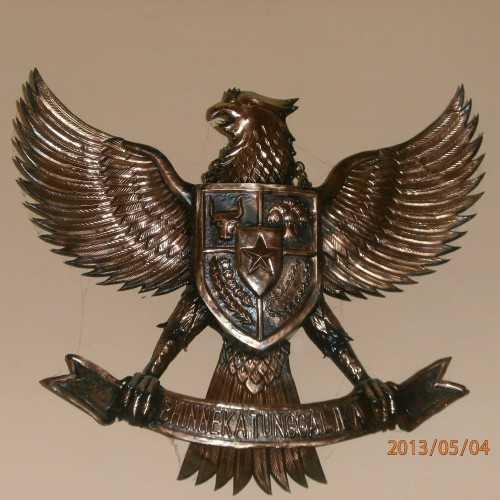 Ukiran Garuda DécorHome DecorationsWall Decor Items