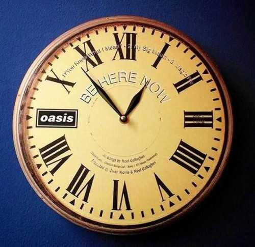 Oasis Wallclock DécorHome Decorations