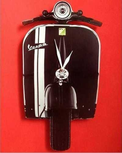 Vespa Wallclock DécorHome Decorations