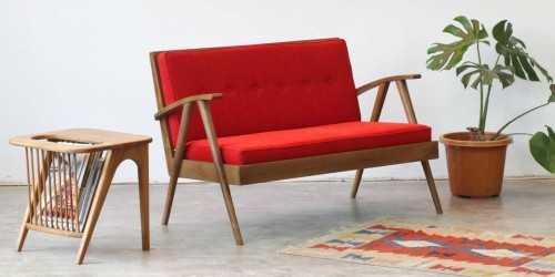Foto produk  Avvana 2 Seater Sofa Red di Arsitag